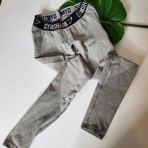 Gym shark grey leggings.